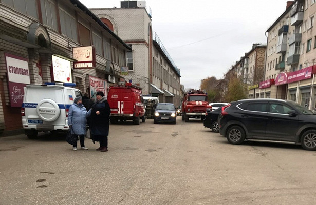 Житель Владимирской области пытался убить женщину гранатой вТЦ