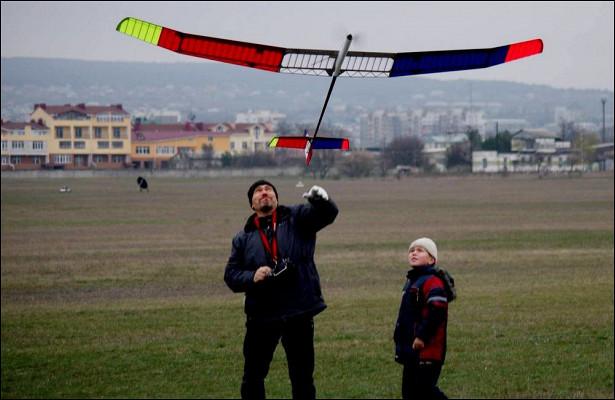 ВСимферополе авиаторы выступили против застройки аэродрома «Заводское»