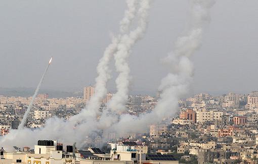 Более 200ракет запустили изсектора Газа поИзраилю