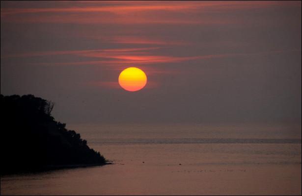 Пара сбежала отпандемии накрошечный остров