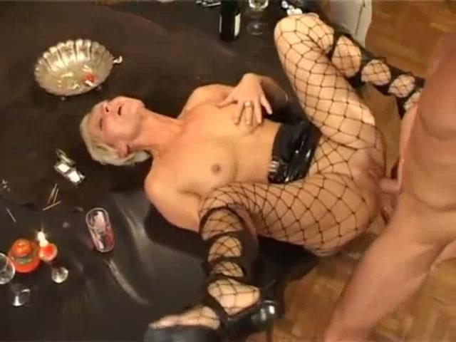 Amature mom caught masturbation