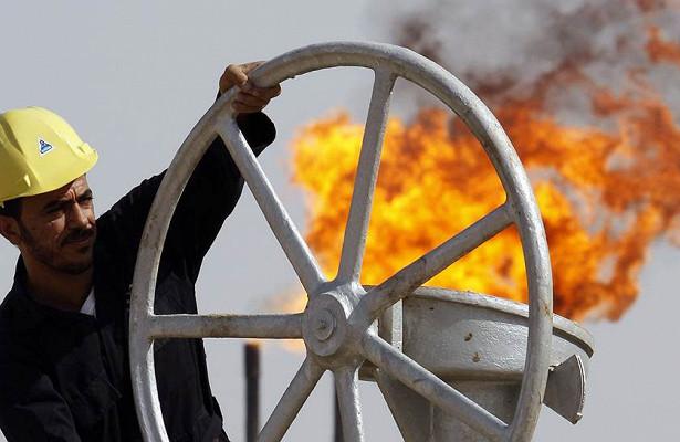 Всебольше стран хотят сократить нефтедобычу. Чтодальше?