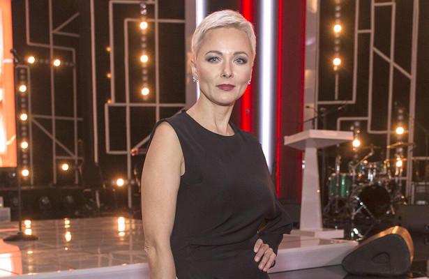 «Очень похожа наШарлиз Терон»: 48-летняя Дарья Повереннова показала эффектное преображение