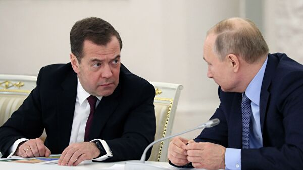 Медведев рассказал обобщении сПутиным вусловиях пандемии