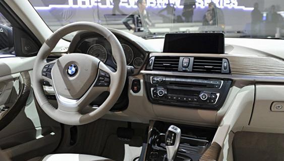 Челябинские специалисты ОНФ добились отмены закупки дорогостоящего автомобиля областной Госэкспертизой