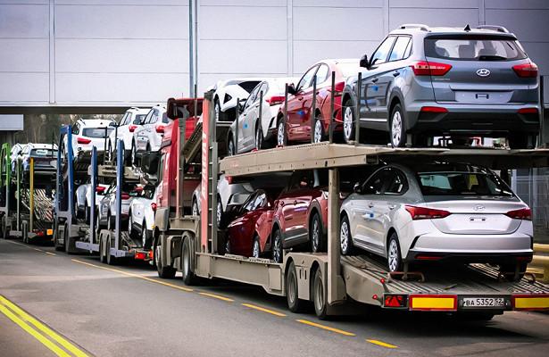 Поставки новых автомобилей изРоссии резко сократились
