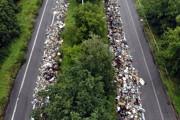 ВБельгии заброшенное шоссе завалено тысячами тонн мусора: фото