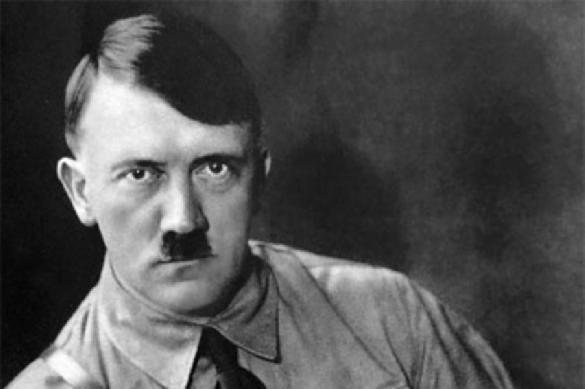 «Андекат»: ктонаучил Гитлера носить такую причёску