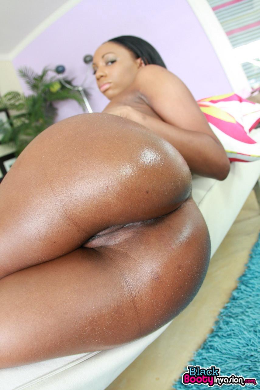 Undressing black girls porn