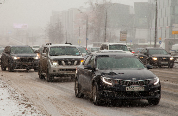 Москва встала вдевятибалльных пробках