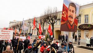 Почему Сталин не«убрал» Хрущева, хотя онподдерживал Троцкого