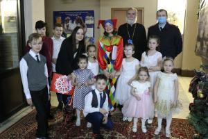 Полицейские иобщественники навестили воспитанников детского дома вподмосковном Щелково