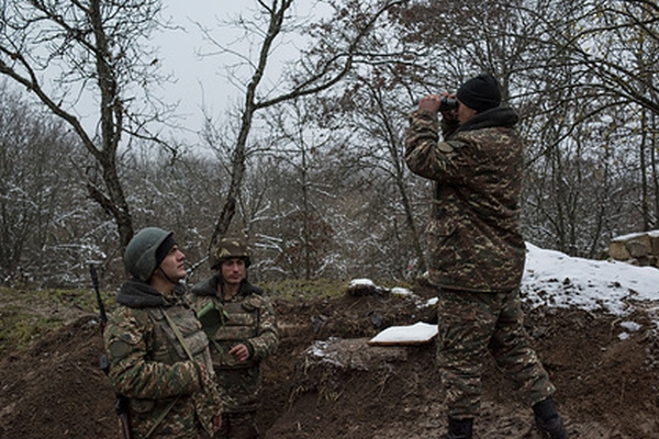 Армянских срочников перестали отправлять вКарабах