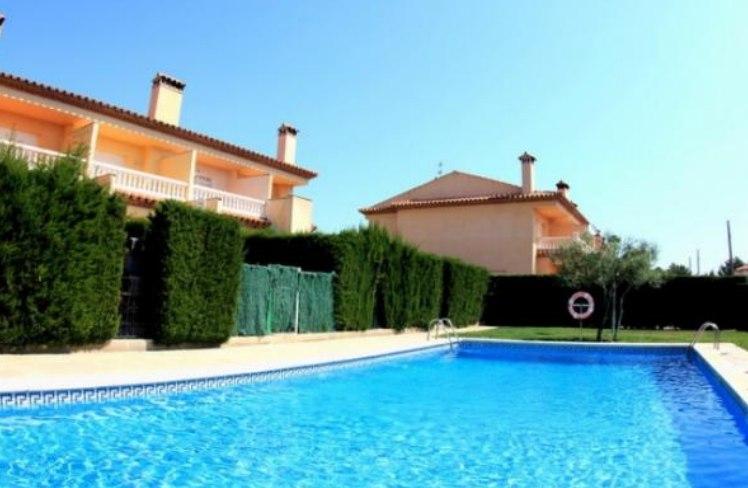 Испания недвижимость дорад