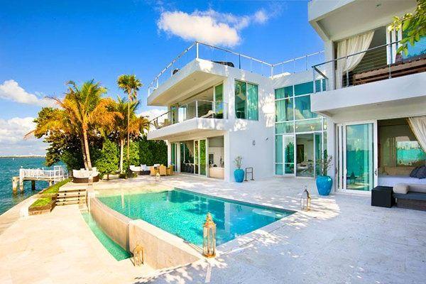 Дом в остров Фракия недорого у моря в рублях