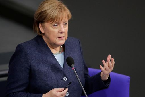 Меркель предложила размещать пациентов сCOVID-19изЧехии внемецких клиниках