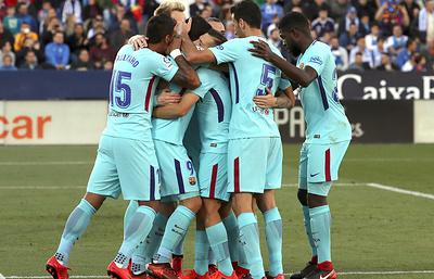 «Барселона» благодаря двум автоголам победила «Рому» впервом матче 1/4финала ЛЧ