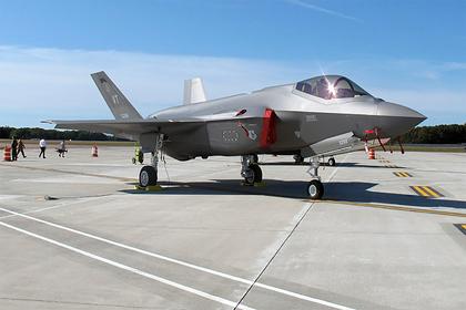F-35столкнулись снехваткой двигателей