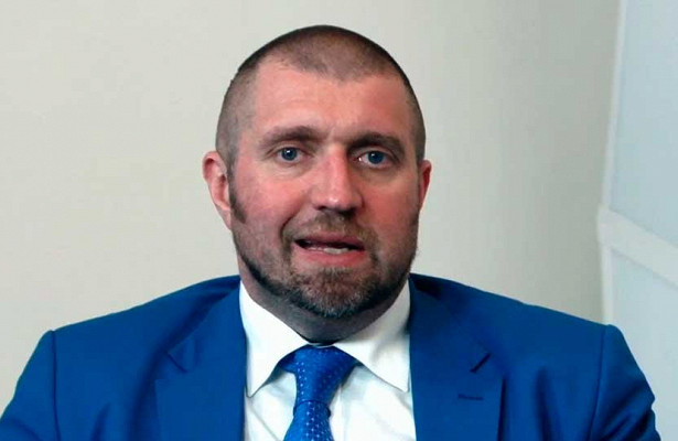 Дмитрий Потапенко сообщил, чтоэтот годмызакончим сдефицитом федерального бюджета 1,8-2,1трлн рублей
