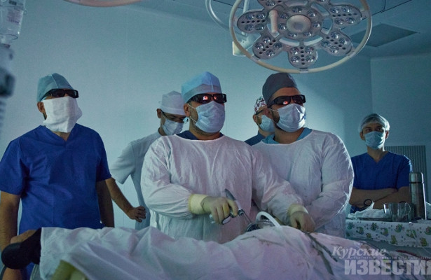 ВКурском онкоцентре главный внештатный онколог Минздрава провел мастер-класс