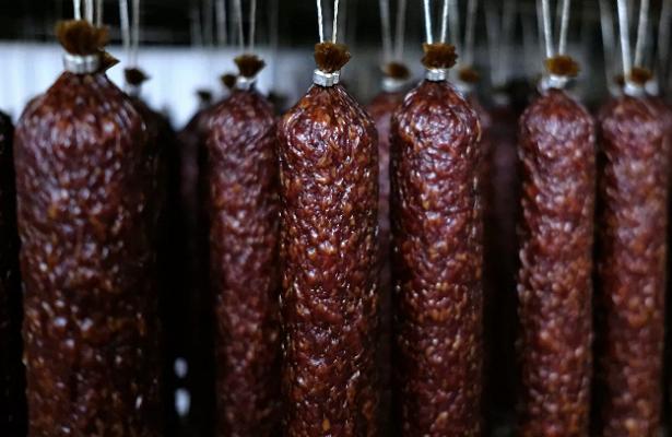 НаУкраине назвали последствия декоммунизации колбасы