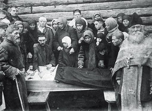 Длячего русские фотографировали похороны