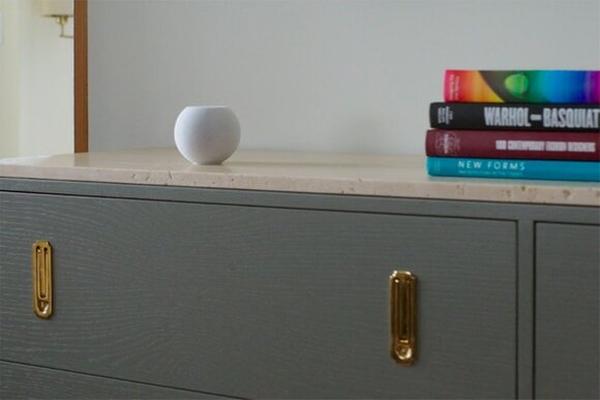 Apple представила новую умную колонку HomePod mini