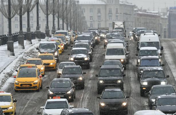 7‑балльные пробки образовались надорогах Москвы