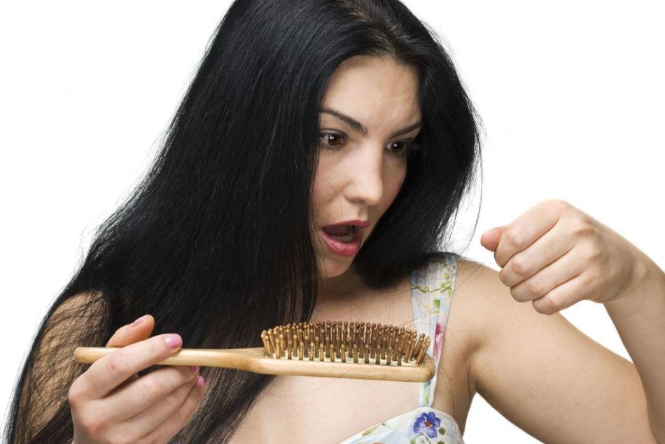 Помогите!очень сильно выпадают волосы - Леди