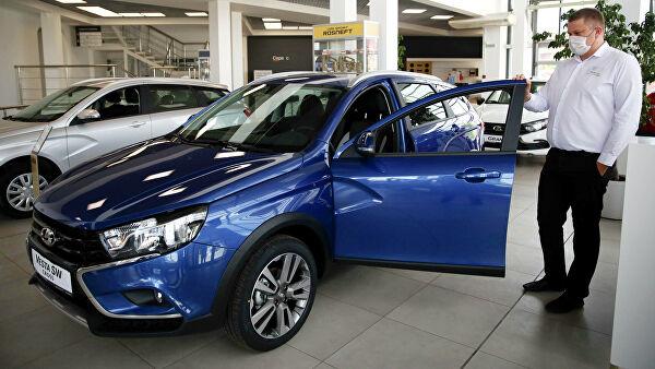 «АвтоВАЗ» ожидает снижения продаж новых автомобилей вРоссии