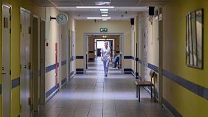 Вроссийской больнице обрушился потолок