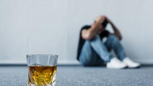 Вкаком случае алкоголизм перерастает вдепрессию