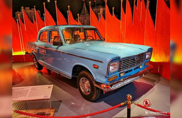 Наавтомобилях Shanghai SH760A в80-хездили китайские чиновники