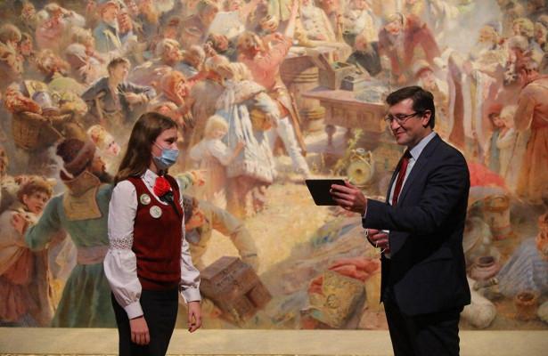 Глеб Никитин вручил 11школьникам дипломы «Знатоков Нижнего Новгорода»