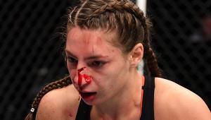 Российская боец UFCполучила страшное рассечение