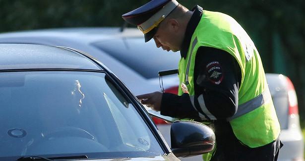 Пьяный водитель воВладивостоке сбил ворота детсада