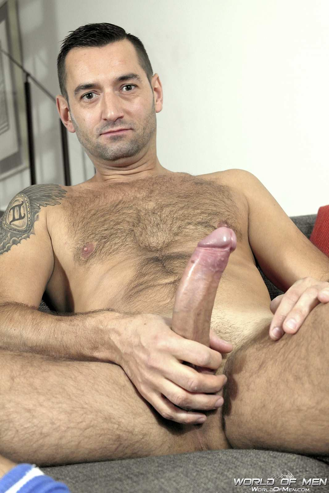 Nice stud gobbling up hot cock