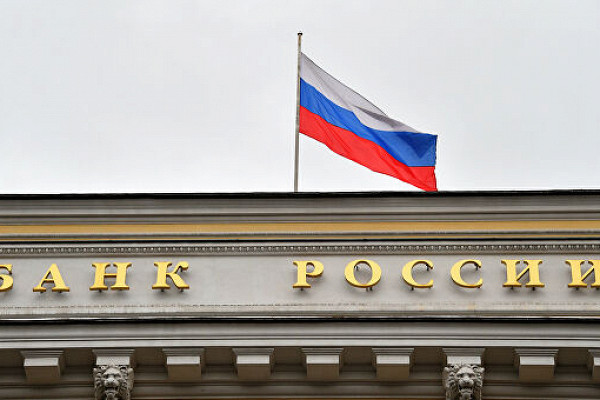 Доля России на мировом рынке оружия рухнула вдвое