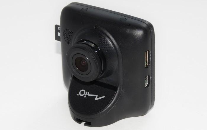 Автомобильный видеорегистратор mio mivue 538