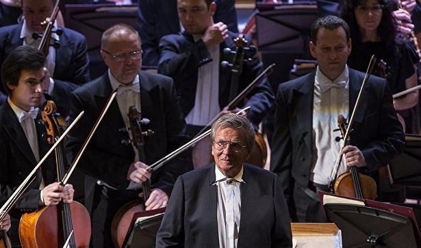 Большой симфонический оркестр отправится втурне поВеликобритании