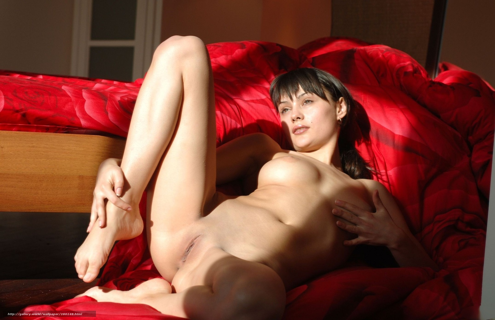 Эротика дома на диване, Порно На диване -видео. Смотреть порно онлайн! 17 фотография