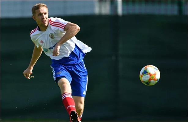 Газинский: сборная России потеряла нить игры вовтором тайме матча соШвецией