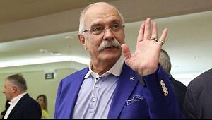 Михалков напомнил Собчак прозакон онаказании заклевету