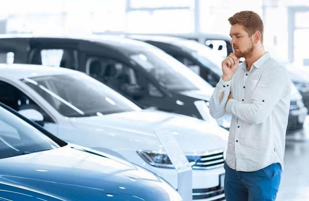 В2020 году 15% россиян отложили покупку авто