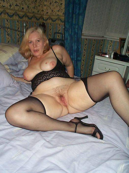 Big dick cum in pussy