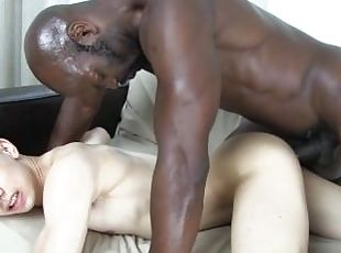 Muscle solo jack off amateur hunk