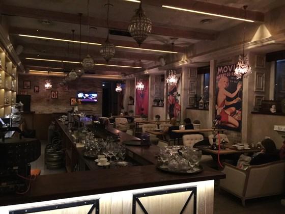 Ресторан Room - фотография 17 - 2 этаж