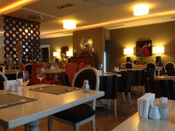 Ресторан Бабушка - фотография 1