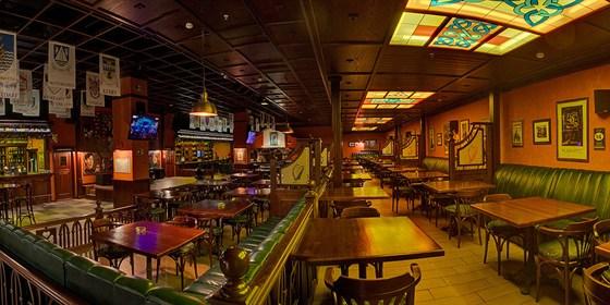 Ресторан Guinness Pub - фотография 7