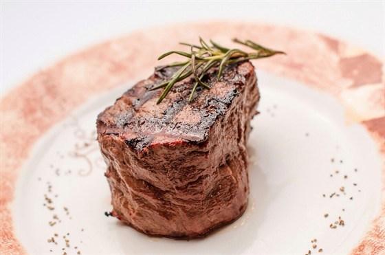 Ресторан Bar & Grill - фотография 16 - Настоящий стейк!